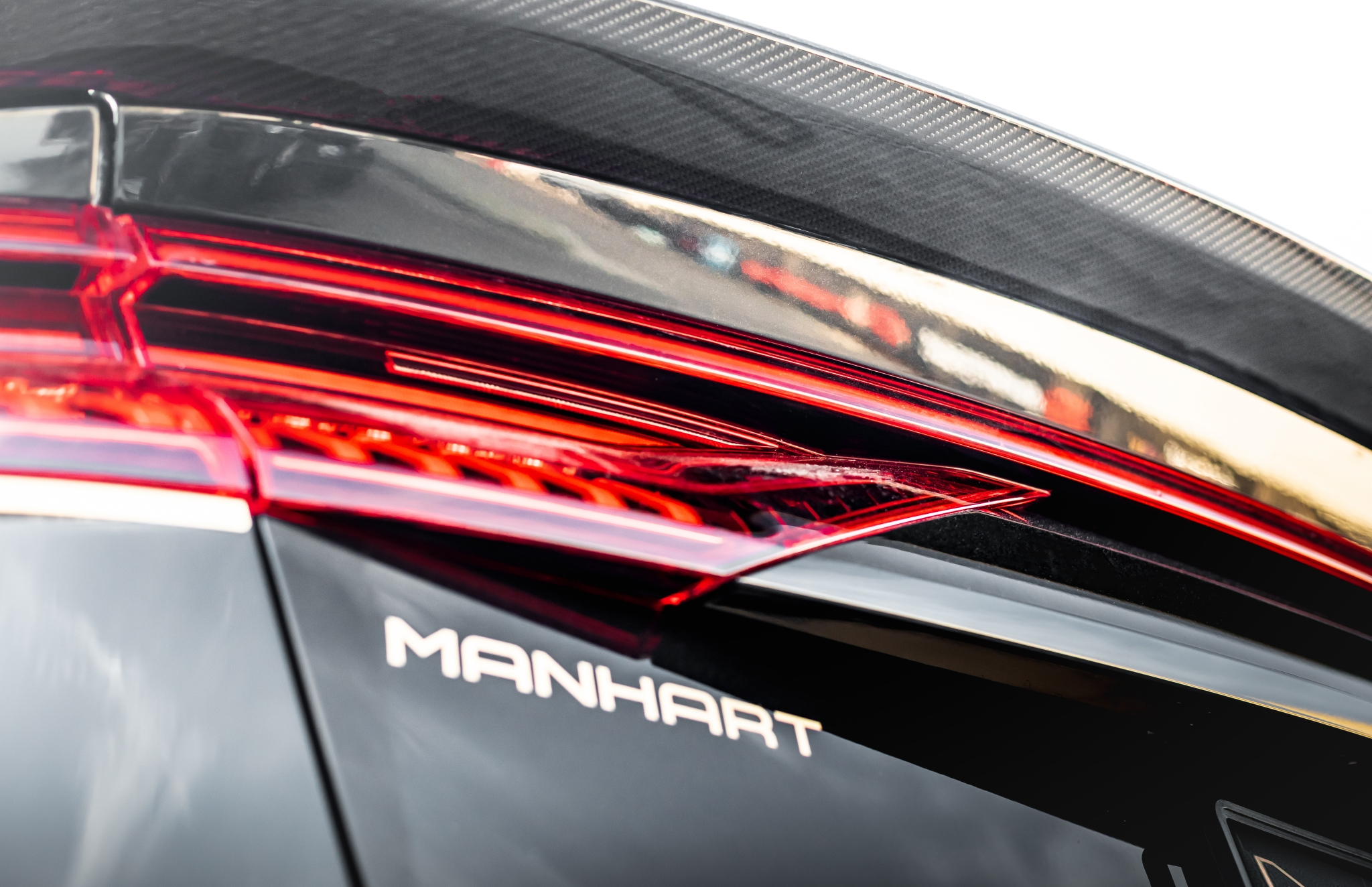 MANHART RQ900 Website 13